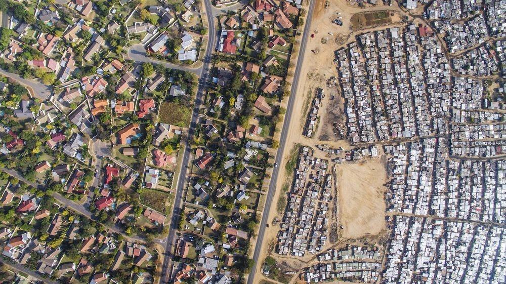 Photo ini memisahkan Negara miskin dan kaya