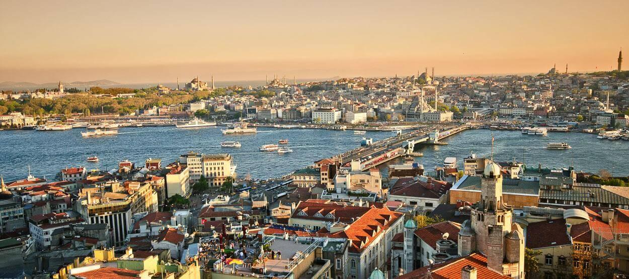 Selain Dubai ternyata Istanbul lebih seksi untuk transit