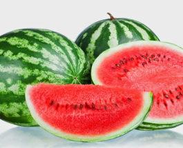 Semangka Adalah Buah Yang Kaya Dengan Manfaat