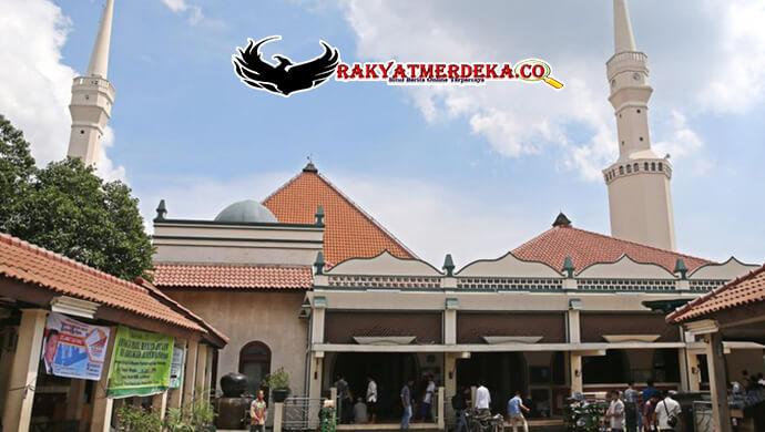 sumbangan-sapi-ahok-di-tolak-masjid-keramat-batang