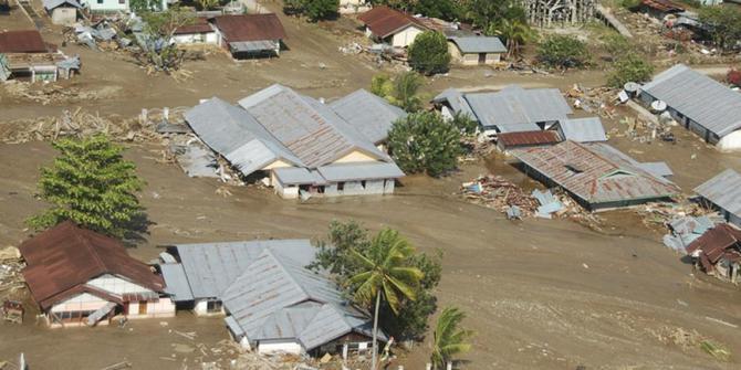 Banjir Bandang Melanda Nusa Tenggara Barat - Lombok