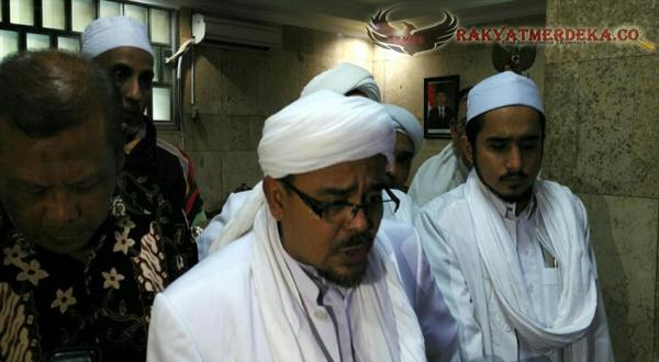 Rizieq Shibab Sambangi Pimpinan DPR