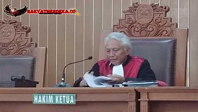 KY KPK Kurang Cermat Dalam Kasus Setya Novanto, Atau Mungkin ....