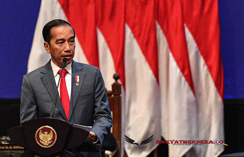 Mau Hujat Jokowi? Coba Baca Ini Dulu