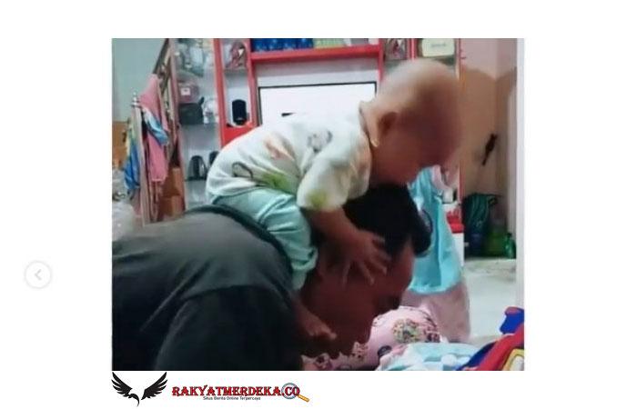 Begini Jadinya Kalau Bapak-bapak Jaga Bayi, Malah Bikin Jantung Mau Copot!