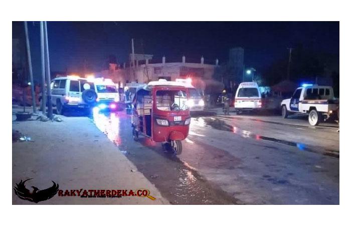 Bom Bunuh Diri Meledak di Depan Restoran di Somalia, 20 Nyawa Melayang
