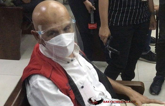 Positif Covid-19, Mark Sungkar Menggigil di Penjara